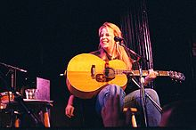 Mary Chapin Carpenter – Bells Are Ringing MP3